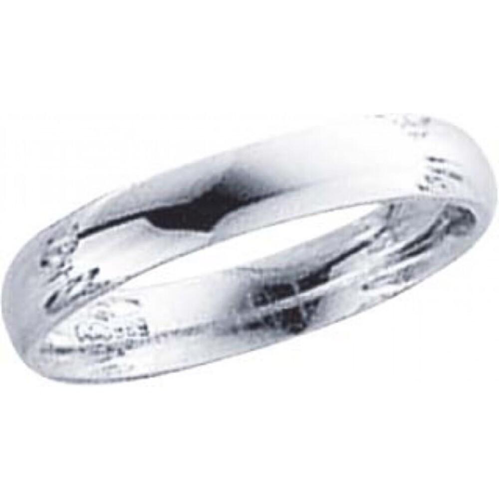 Trauring in Weißgold 750/-, Breite 4,0mm, Stärke 1,7mm, der Ring ist hochglanz poliert, die Gravur der Trauringe sowie das Etui erhalten Sie kostenlos und bei diesen einfarbigen Trauringen - Eheringen ist auch der kostenlose Auffrischungsservice beinhalte